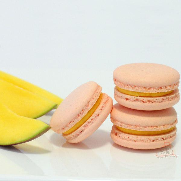 Macarons cu mango