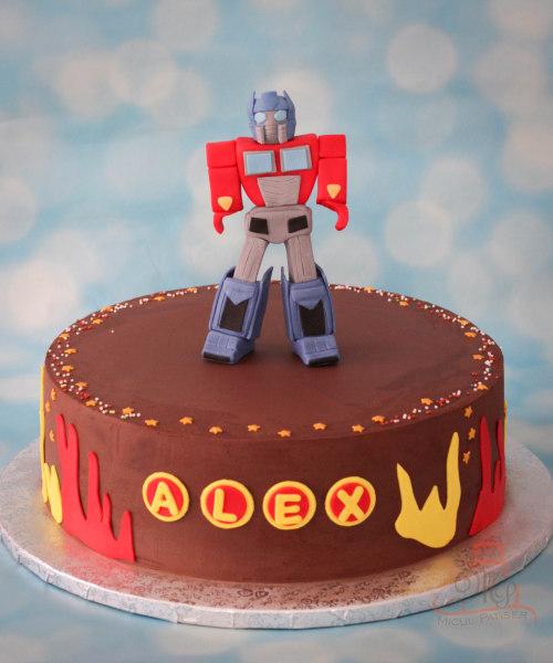 Tort Optimus Prime Transformers