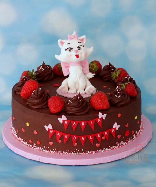 Tort cu figurina pisicuta