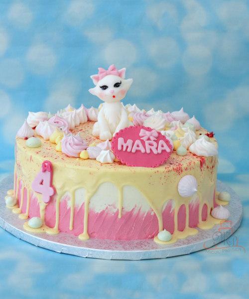 Tort roz cu pisicuta Marie