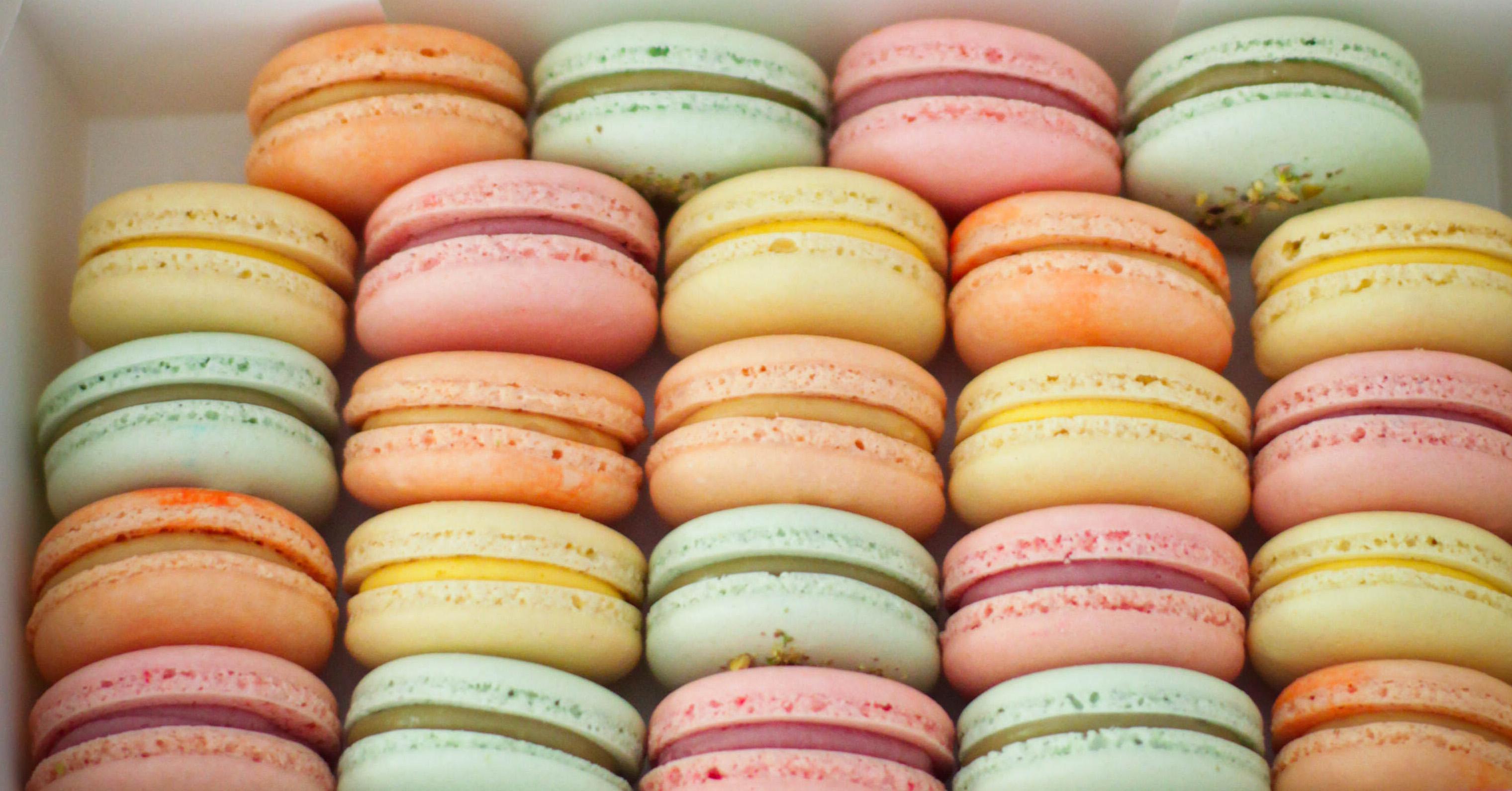 Macarons colorati Micul Patiser